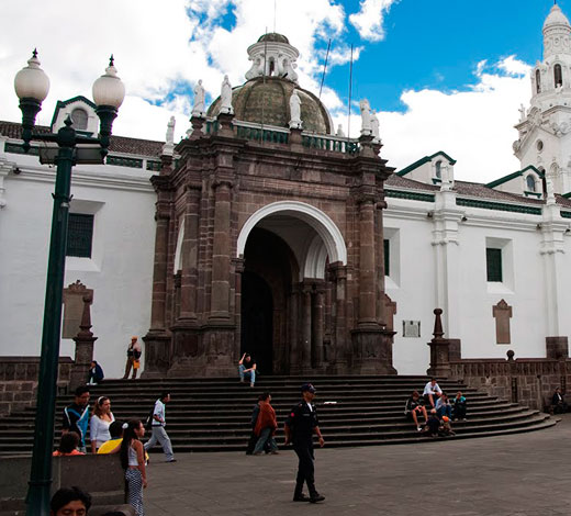 Tour December 22 / Monday: Quito - Cotopaxi