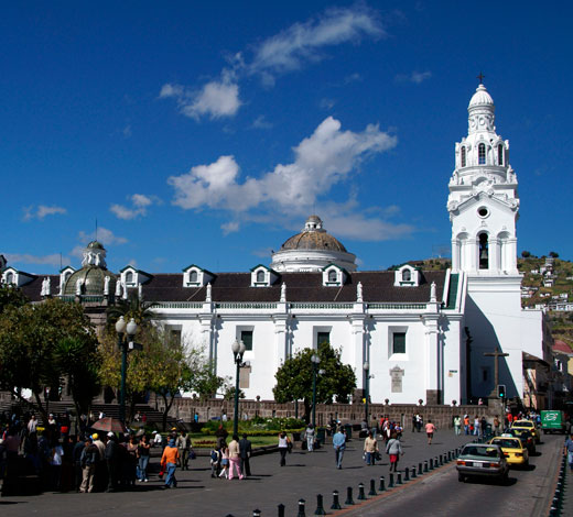 Tour January 1 / Thursday: Quito - Otavalo