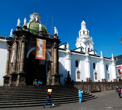Tour December 23/ Tuesday Quito - Otavalo
